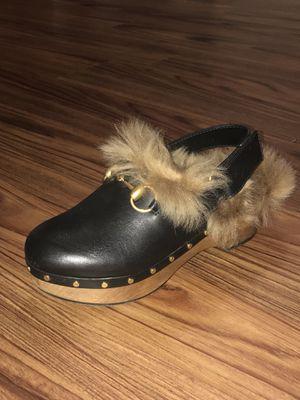 Gucci Black Clogs w/Beige Fur Lining/ Mules/ Heels/ Shoe Size 35 1/2 Orig $995 for Sale in Seattle, WA