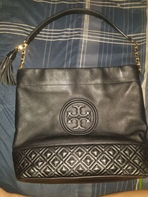 Tory Burch Fleming Quilted Leather Hobo Bag for Sale in Phoenix, AZ
