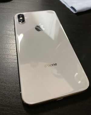 iPhone X 256GB UNLOCKED for Sale in Quincy, MA