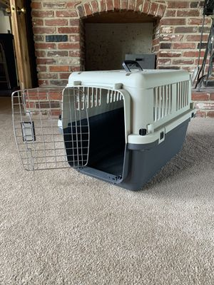 Small Dog crate for Sale in Philadelphia, PA