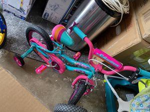 "12"" girls bike ( toddler) schwinn duet for Sale in Plano, TX"