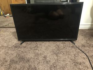 Best Buy 32 inch smart tv for Sale in Lakewood, CA