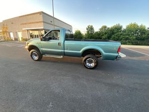 03 Ford F2 50 super duty for Sale in Fort Washington, MD