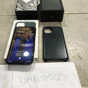 iPhone 11 Pro 256gb ATT Midnight Green for Sale in Addison, IL