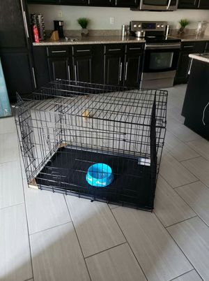 Dog Cage kennel crate New never used large foldable Phoenix for Sale in Phoenix, AZ