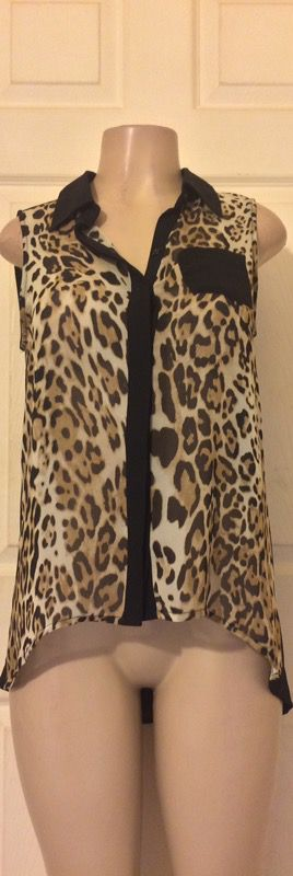 *NEW Animal Print/Black Chiffon High-Low Blouse •M for Sale in Houston, TX