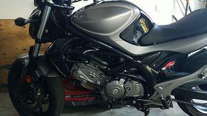 2013 suzuki SFV650 gladius motorcycle for Sale in Miami, FL