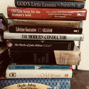 Books,hundreds,music,piano,cookbooks,violin,boxes for Sale in St. Petersburg, FL