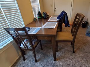 Dininh table for sale with bench seats for Sale in Abilene, TX