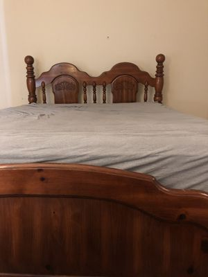 Queen bed frame for Sale in Asheville, NC