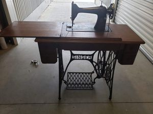 Singer sewing machine for Sale in Dallas, TX