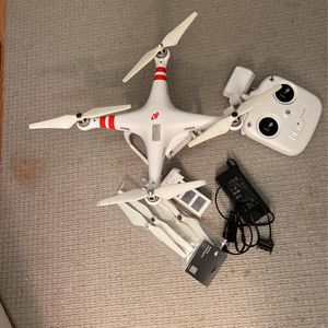 Phantom 2 Vision + for Sale in Reston, VA
