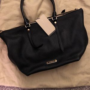 Burberry Grainy Leather Salisbury Tote for Sale in Morrisville, PA