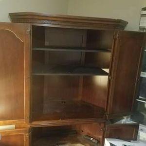 Corner Desk (MAKE AN OFFER) for Sale in Duluth, GA