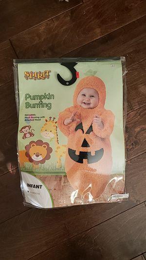 Infant pumpkin costume for Sale in Hacienda Heights, CA