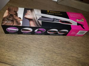 Hair Straightener Iron Universal Voltage Europe Asia Power Outlet Compatible for Sale in Wauconda, IL