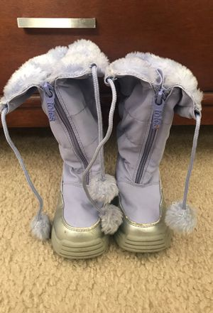 Totes snow boots for Sale in Fredericksburg, VA