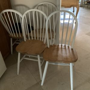 (4) White Chairs 4/$30 for Sale in Pompano Beach, FL