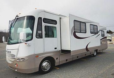Coachmen 2004 AURORA RV IN GOOD CONDITION for Sale in Nashville,  TN
