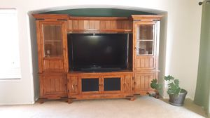 Entertainment center, coffee table and end tables for Sale in North Las Vegas, NV