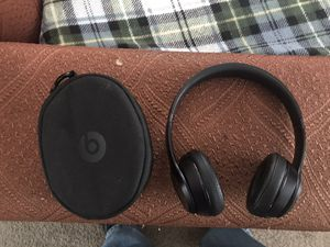 Beats Solo3 wireless headphones for Sale in Coventry, RI