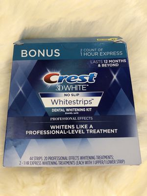 Crest 3D White Professional Effects Whitestrips 20 Treatments + Crest 3D White 1 Hour Express Whitestrips 2 Treatments - Teeth Whitening Kit for Sale in San Jose, CA