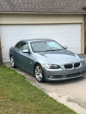 Bmw 335i hard top convertible for Sale in Baton Rouge, LA