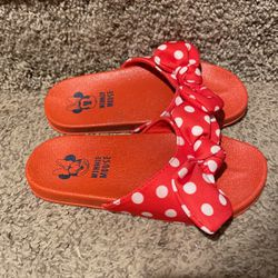 Minnie Mouse Slides 11/12 for Sale in Valley Center,  KS
