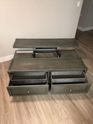 Ashely's coffee table and end table for Sale in Phoenix, AZ