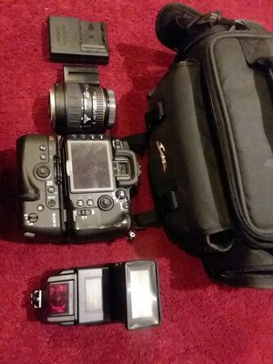 Sony Alpha DSLR-A700 Digital SLR Camera - Black for Sale in Germantown, MD