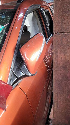 2014 HYUNDAI SANTA FE DRIVER DOOR for Sale in Miramar, FL