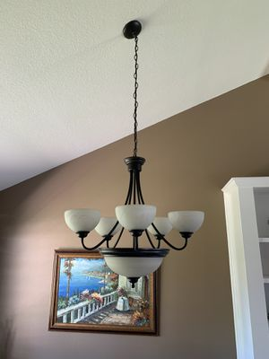 6 light chandelier for Sale in Rancho Cucamonga, CA