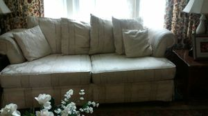 Couch and loveseat for Sale in Silver Spring, MD