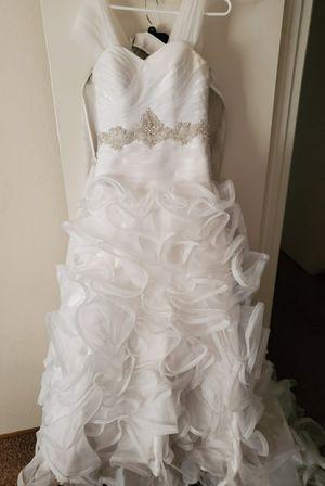 White Wedding Dress for Sale in Sacramento, CA