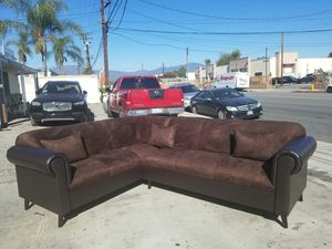 NEW 7X9FT DARK BROWN MICROFIBER COMBO SECTIONAL COUCHES for Sale in Redlands, CA