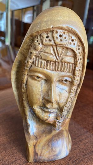 Handcarved hard wood statue 6 inches tall for Sale in West Palm Beach, FL