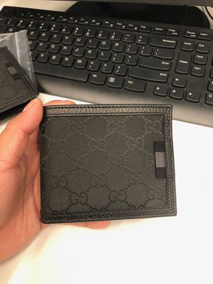 Gucci Canvas Wallet for Sale in New Hyde Park, NY