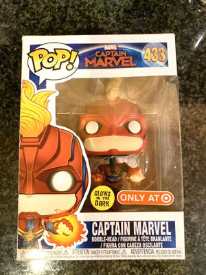 FUNKO POP CAPTAIN MARVEL - glow in the dark for Sale in Chicago, IL