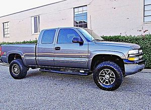 ֆ12OO 4WD Chevrolet Silverado 4WD for Sale in Wichita, KS