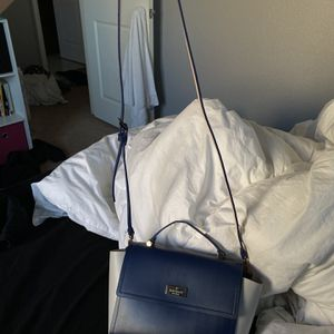 BRAND NEW KATE SPADE CROSSBODY for Sale in Manteca, CA