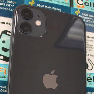 iPhone 11 128GB Unlocked for Sale in Bridgeport, CT