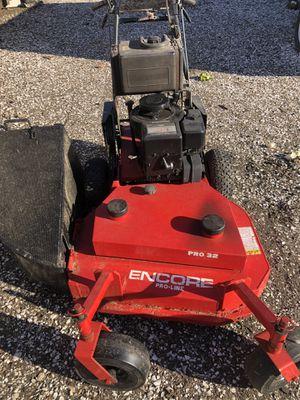 Encore 32 inch mower for Sale in Bristol, RI