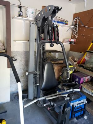 Home gym with extra attachments for Sale in San Diego, CA