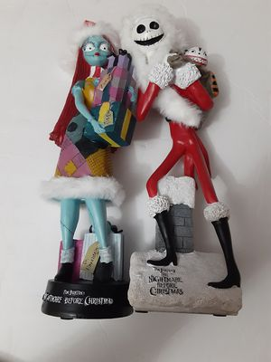 DISNEY JACK and SALLY NIGHTMARE BEFORE CHRISTMAS STATUES CHRISTMASS EXCLUSIVE for Sale in Doral, FL