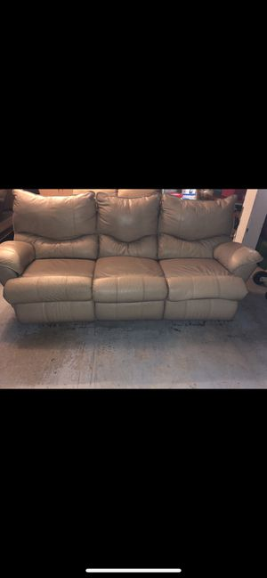 Leather Tan/Cream Recliner Sofa + Tan/Cream Leather Recliner Love seat!! for Sale in Riverside, CA