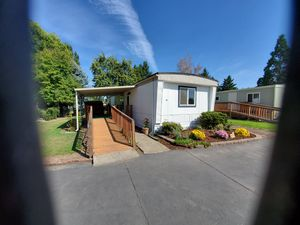 2 Bd 2 bath newly remodeled Manufactured Home for Sale in Cornelius, OR