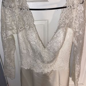 Brand New White Wedding Dress for Sale in Chicago, IL