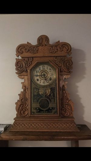 Sessions Oak restored Gingerbread Mantle Clock for Sale in Waterbury, CT