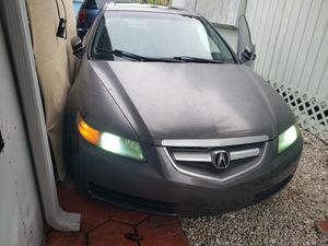 Acura tl aut 2004 clean tittle for Sale in Miami, FL