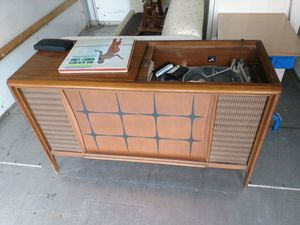 Record console table for Sale in Columbus, OH